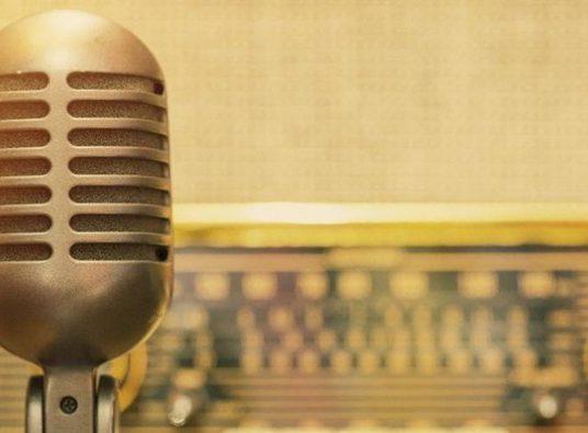 radio-e-microfone-jpeg_1