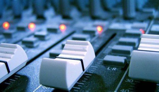 como-montar-e-instalar-uma-radio-fm-620x310