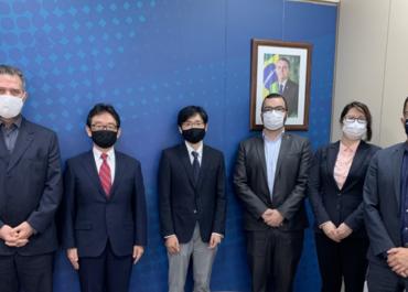 MCom e Embaixada do Japão articulam cooperação para desenvolvimento da TV 3.0